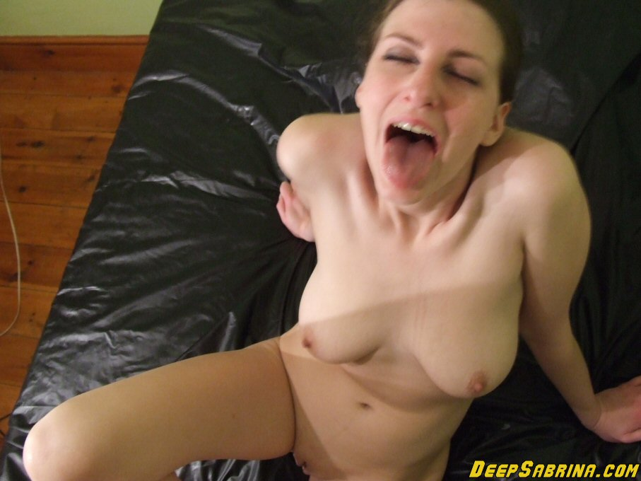Pissing Queen Sabrina Deep loves to get wet, being pissed and piss. Don't  miss her live webcam shows where she drinks piss for you!!!